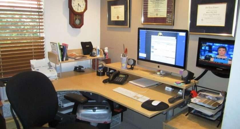 Apply Brilliant Office Decorating Ideas Work