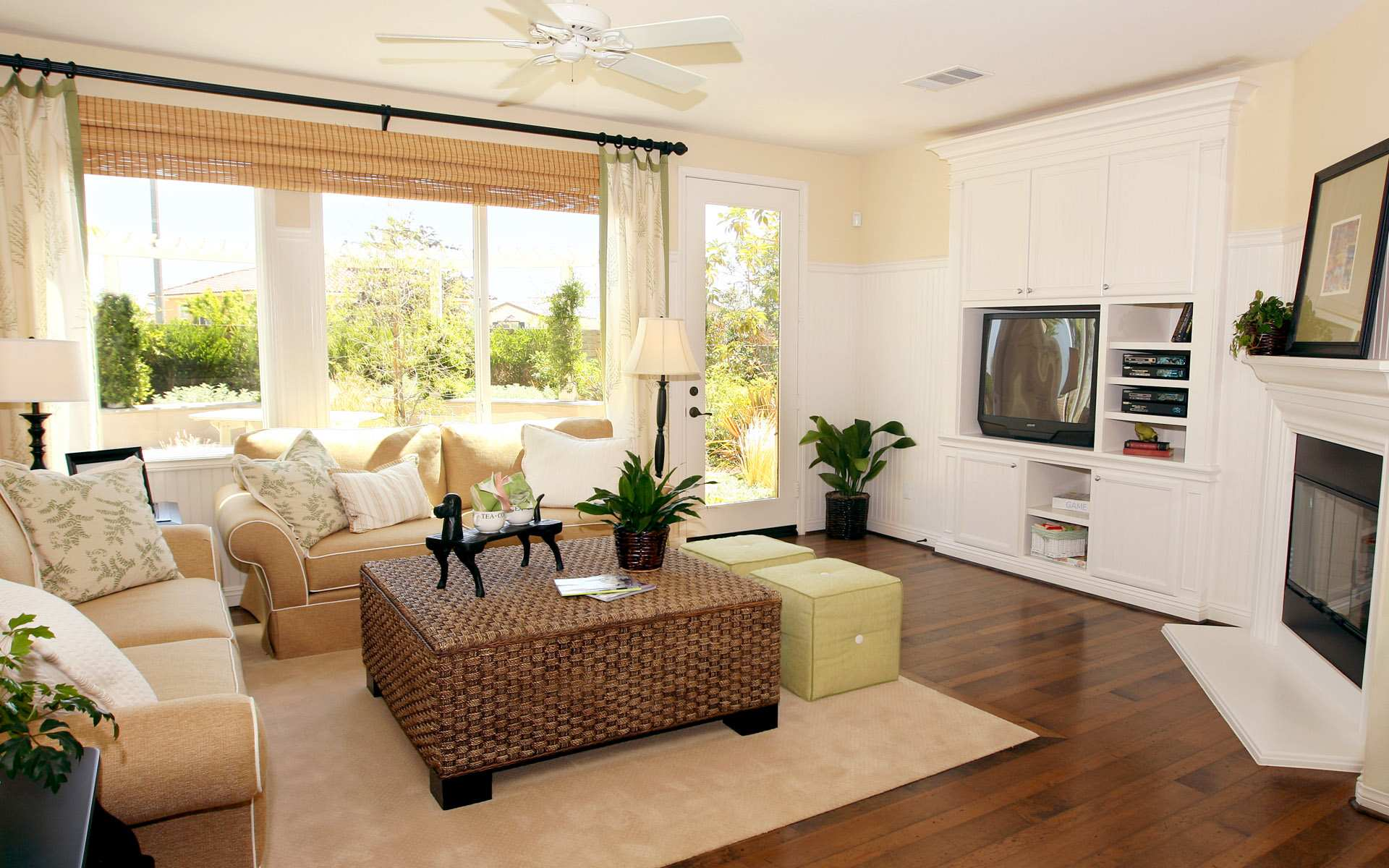 Awesome Living Room Decor Ideas Cream Sofa Brown Table