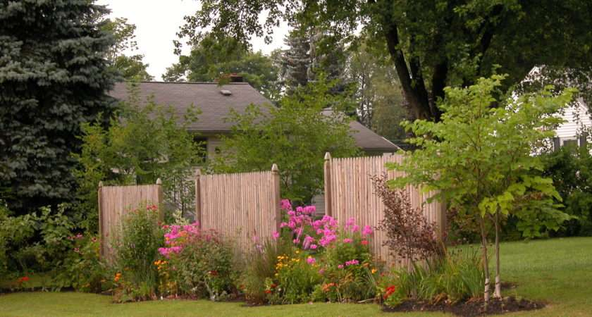 Backyard Privacy Small Space Gardening Creative Fencing Muchpics