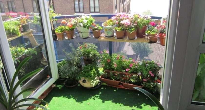 Balcony Designs Having Outdoor Fountain Create Peaceful