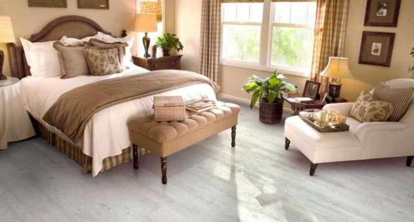 Beaiutiful Vinyl Flooring Bedroom Decor