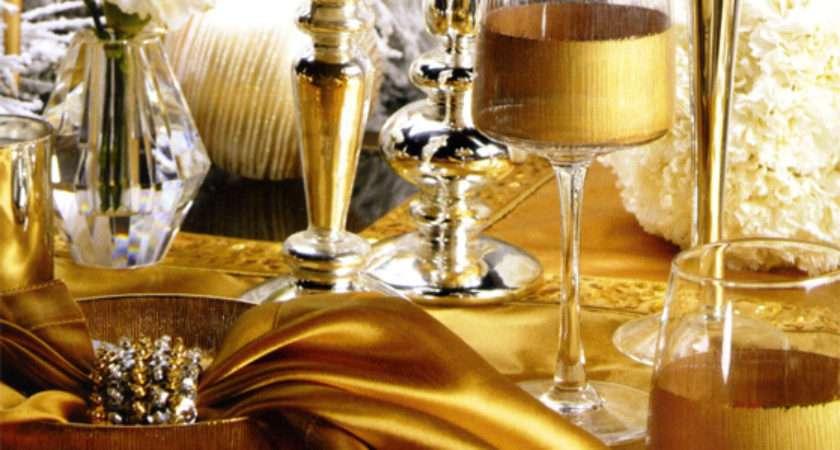 Beautiful Gold Christmas Decoration Ideas