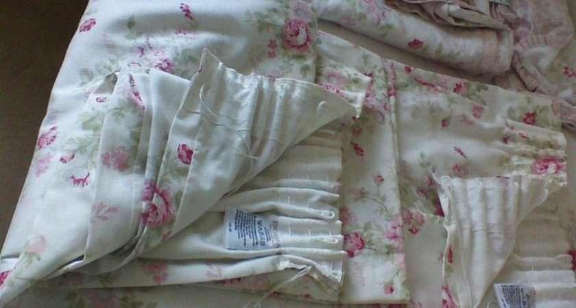 Bedding Pretty Floral Reversable Lined Curtains Dunelm