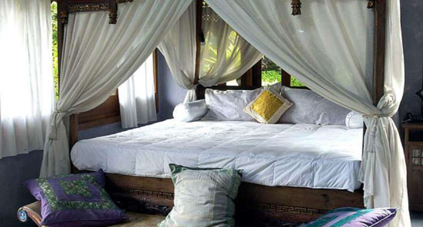 Bedroom Decorating Ideas Arty Exotic