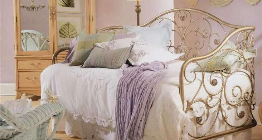 Bedroom Glamor Ideas Vintage Retro Style
