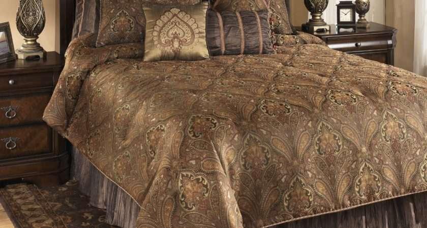 Bellingham Moroccan Queen Bedding Set Ashley