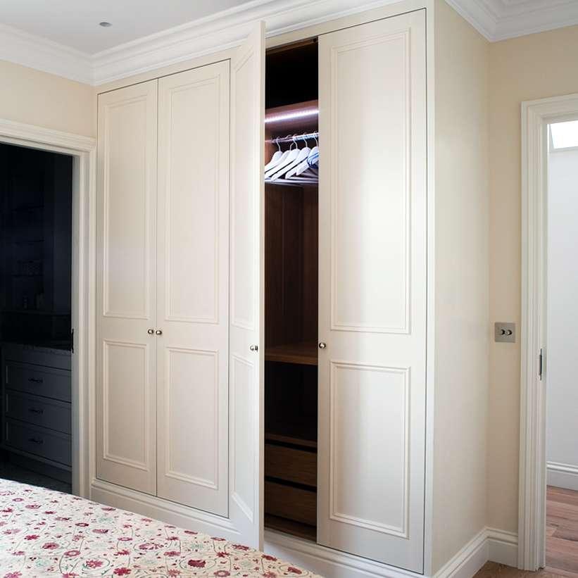 Bespoke Under Stairs Shelving: Bespoke Fitted Furniture London Understairs Storage