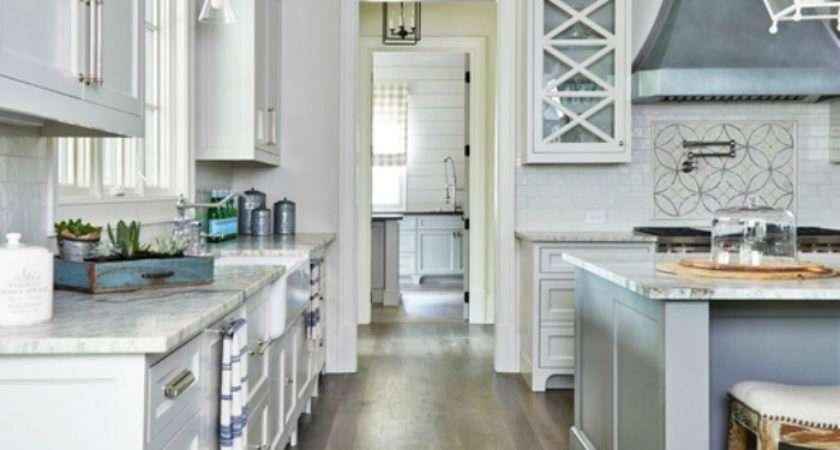 Best Floorings Your Rustic Kitchen
