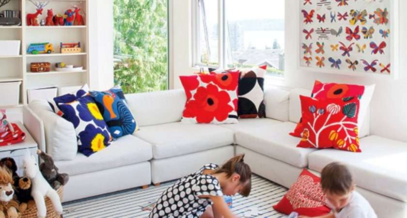 Best Friendly Living Room Inspirations Have