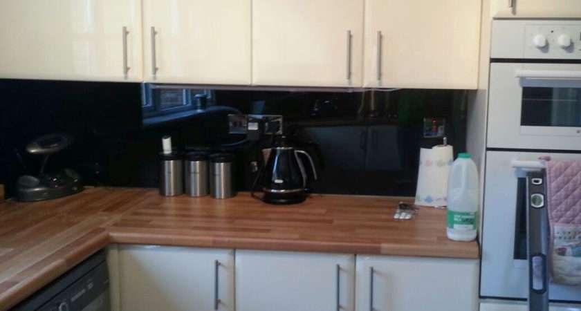 Black Acrylic Kitchen Splashback Gloss Finish Cut