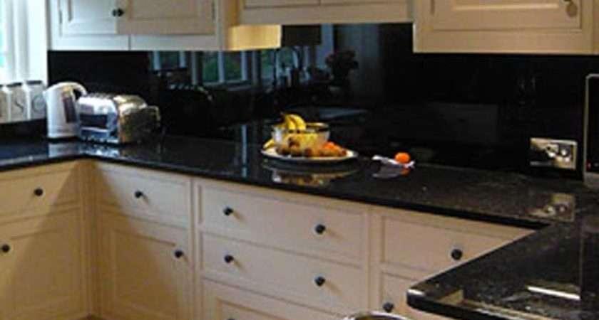 Black Kitchen Splashback Design