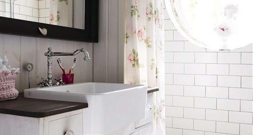 Black White Bathroom Tiles Grasscloth
