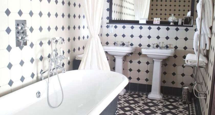 Black White Bathrooms Design Ideas