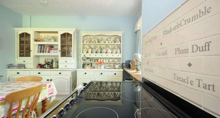 Black White Kitchen Tiles Electric Hobs Range French Dresser