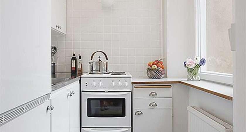 Black White Kitchen Tiles Grasscloth