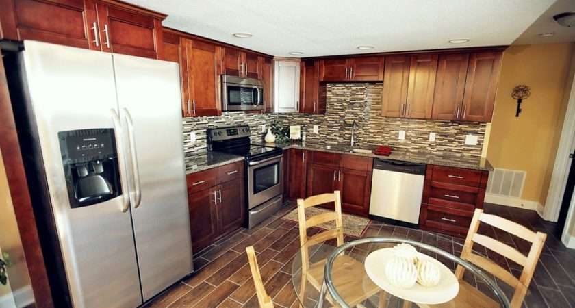 Bordeaux Shaker Country Kitchen Cabinets