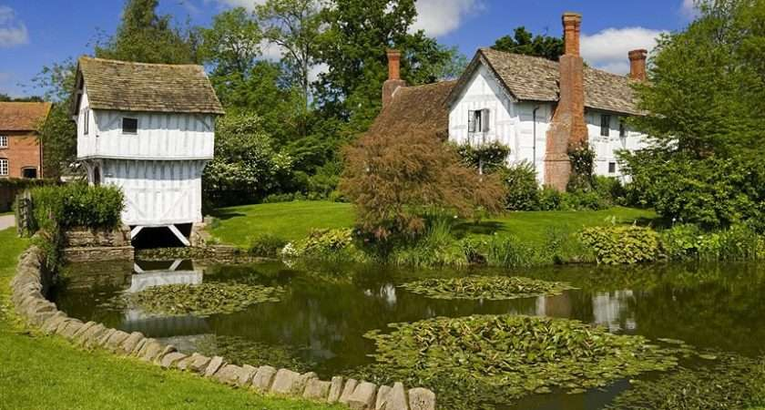 Britain Beautiful Country Homes Gardens Blooming