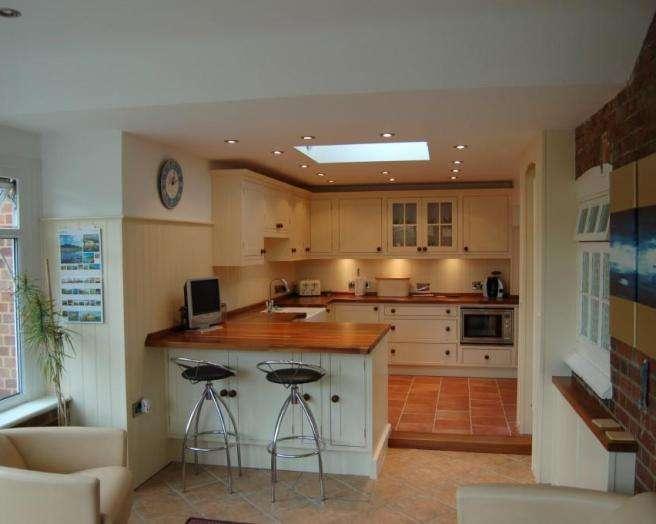 Brown White Kitchen Breakfast Bar Tiles Stone