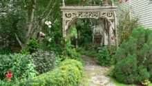 Build Garden Arch Salvaged Wood Pecks