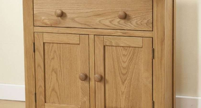 Burnham Solid Chunky Wood Rustic Oak Small Compact