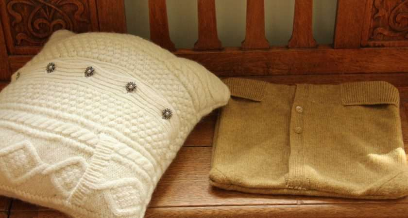 Button Panels Made Handy Opening Back Cushion Covers
