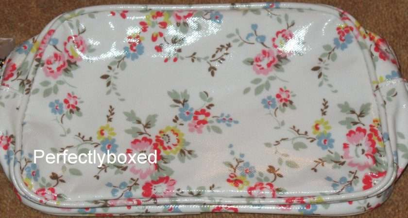 Cath Kidston Cosmetic Bag Bleached Flowers White Oilcloth