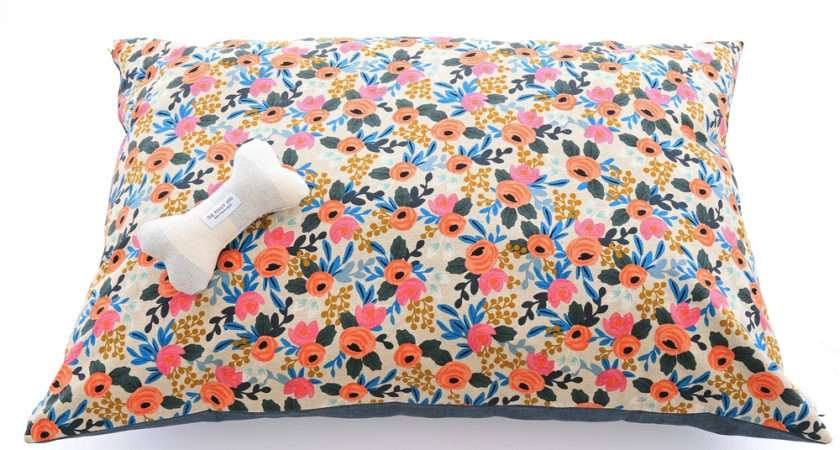 Cath Kidston Dog Bed Floral Latimer Rose Medium Beds