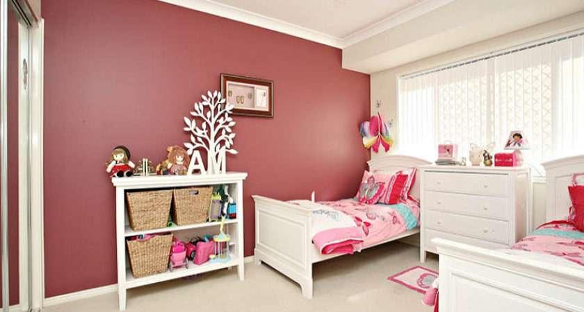 Children Room Bedroom Design Idea Carpet Floor Ceiling