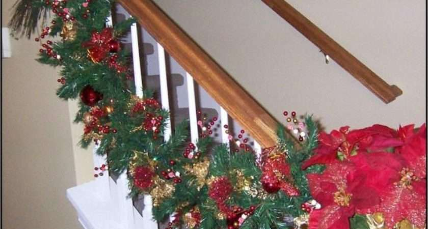 Christmas Garland Staircase Holiday Ideas Pinterest