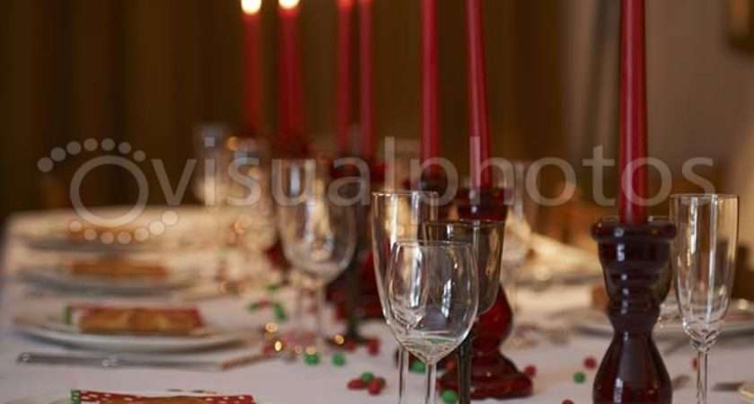 Christmas Table Set Photos