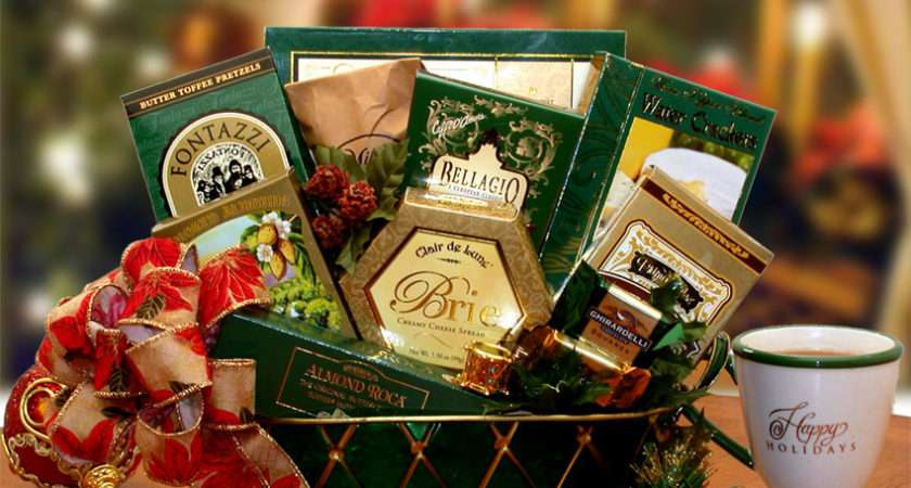Christmas Trimmings Holiday Gift Basket Bounty