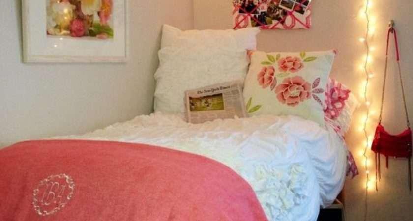 College Bedroom Decorating Ideas