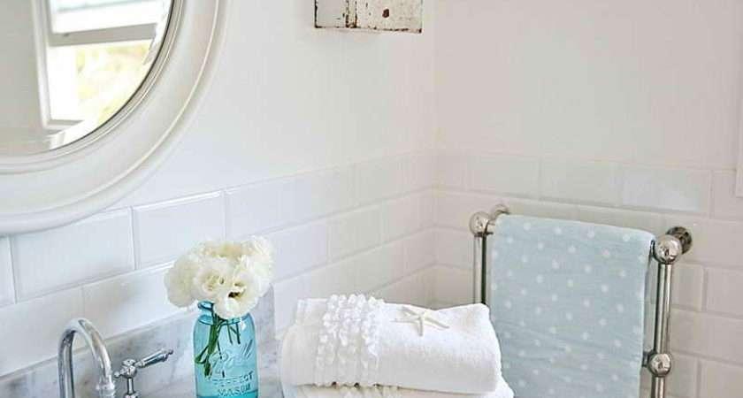 Cottage Coastal Style Bathroom Decor