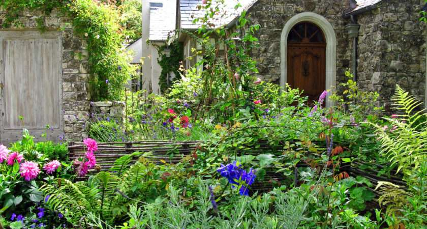 Cottage Garden Distinct Style