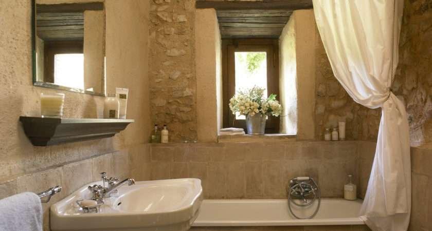 Country Bathroom Photos