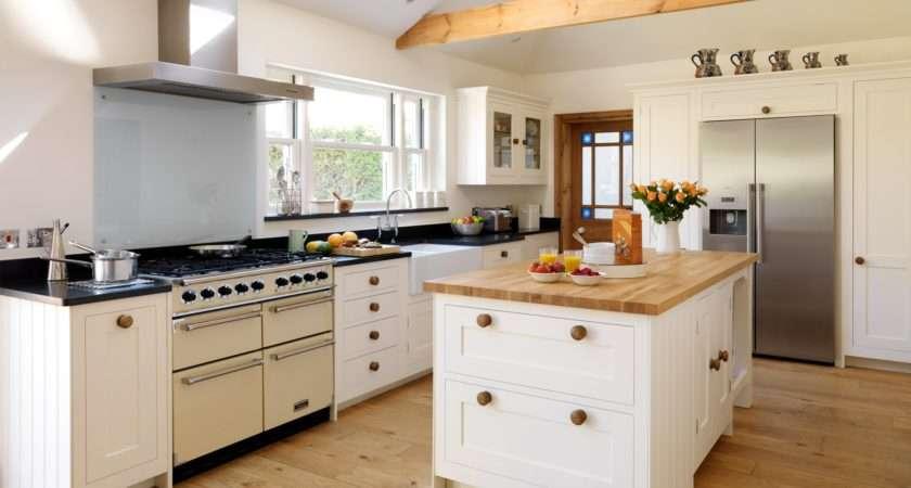 Country Style Shaker Kitchen Harvey Jones
