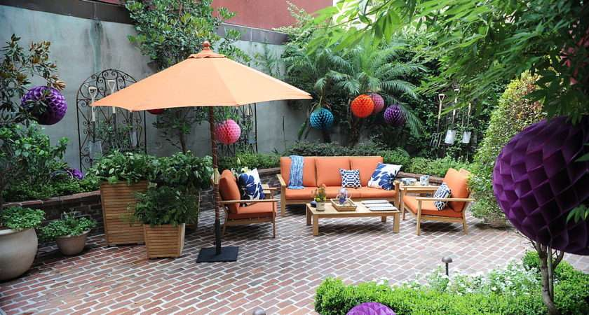 stunning 16 images courtyard patio furniture lentine