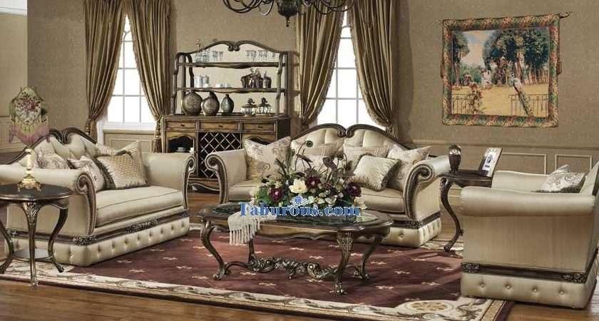 Create Victorian Living Room Design