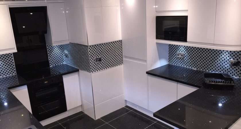 Curved Units Ezystone Black Sparkle Worktop Gemstone Flooring