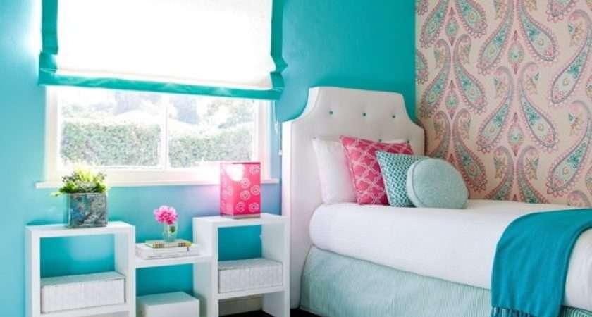 Cute Teenage Beachy Themed Bedroom Design Painted