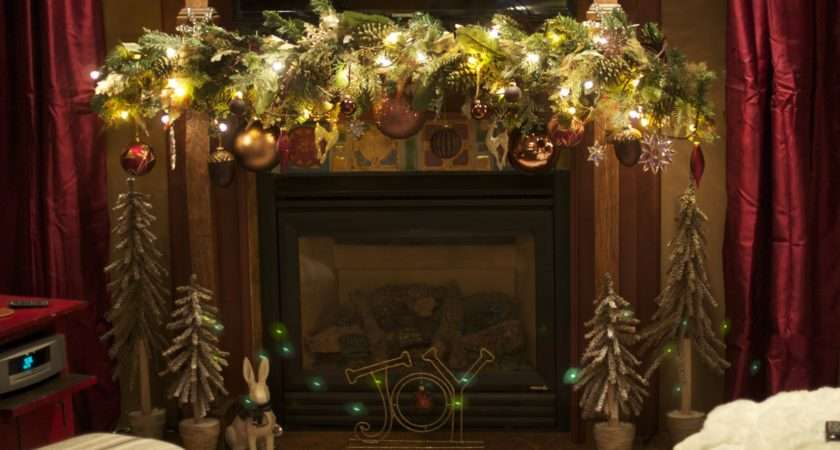 Decorating Ideas Mantel Christmas Garland Bulbs