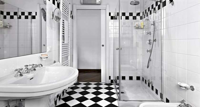 Design Luxurious Master Bathroom