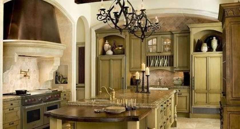 Design Seasons Green Kitchens