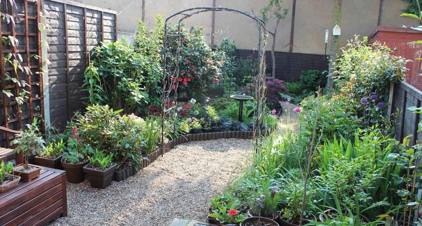 Designs Small Gardens Without Grass Home Garden