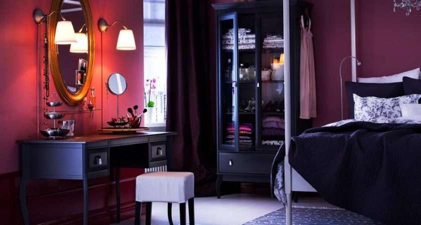 Designs Using Deep Wall Accent Dark Purple Bedroom