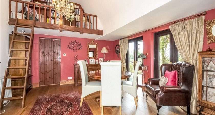 Detached Home Office Gym Open Countryside Views Rear Sharnbrook