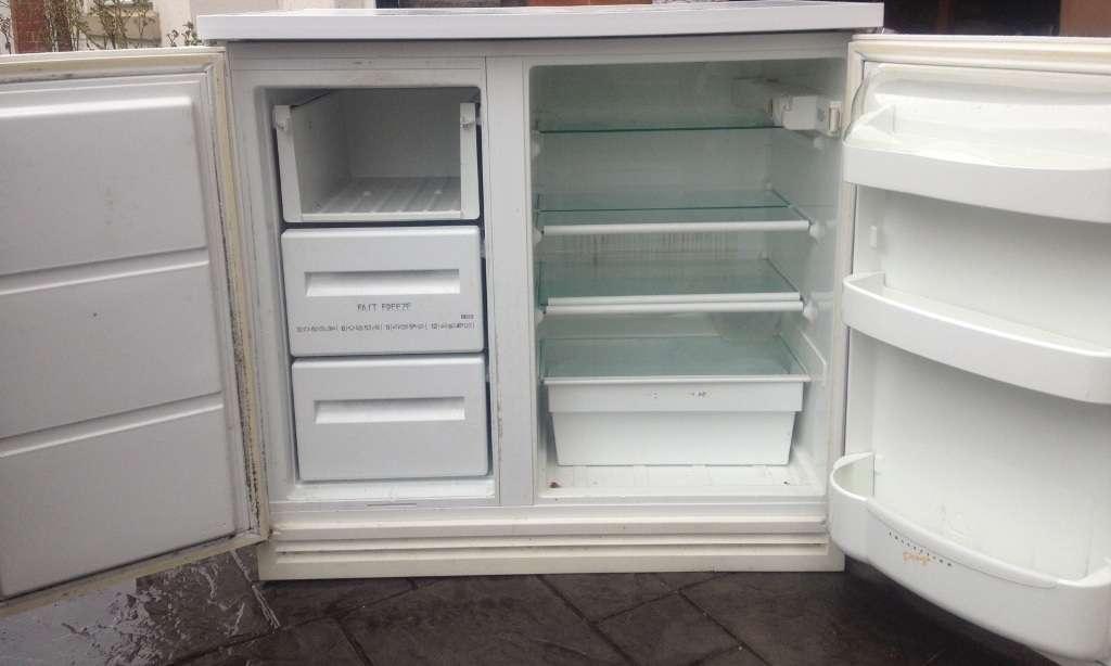 Details Zanussi Side Under Counter White Fridge Freezer
