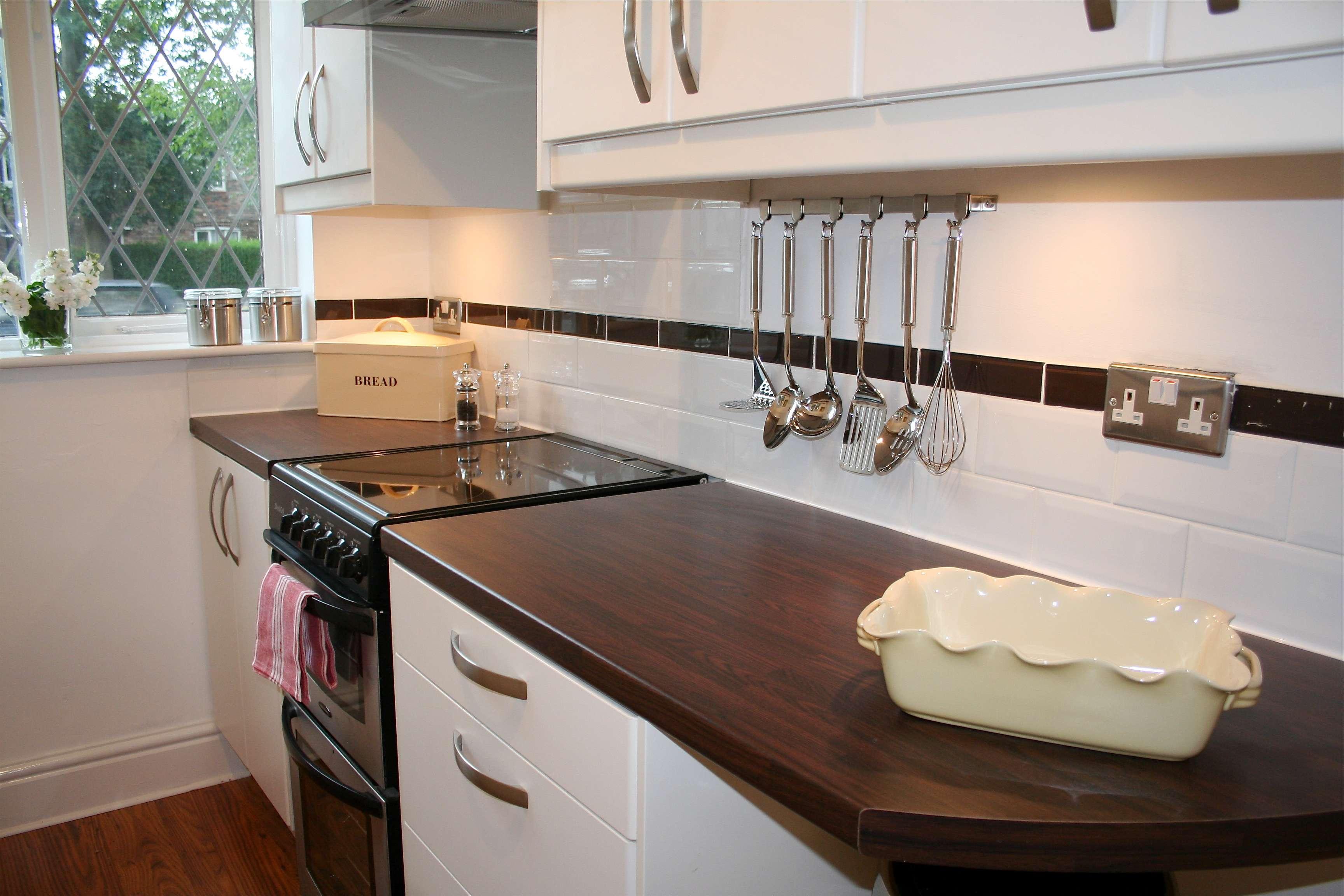 Diy Project Focus Fit Kitchen Worktop