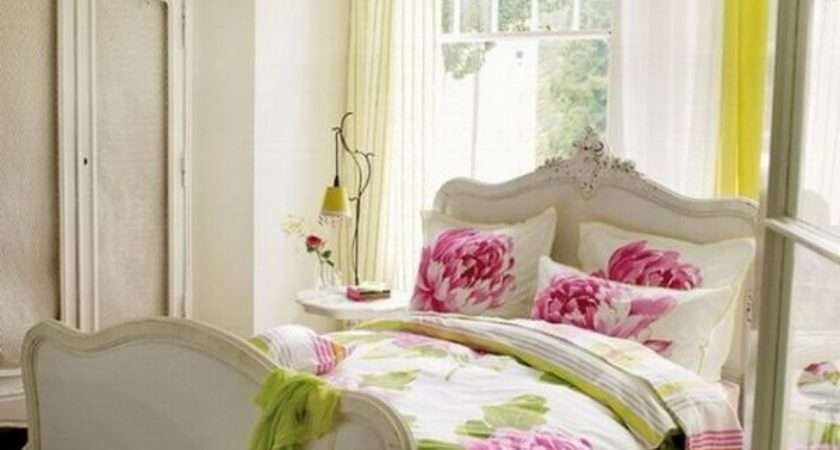 Dreamy Feminine Bedroom Interiors Romance