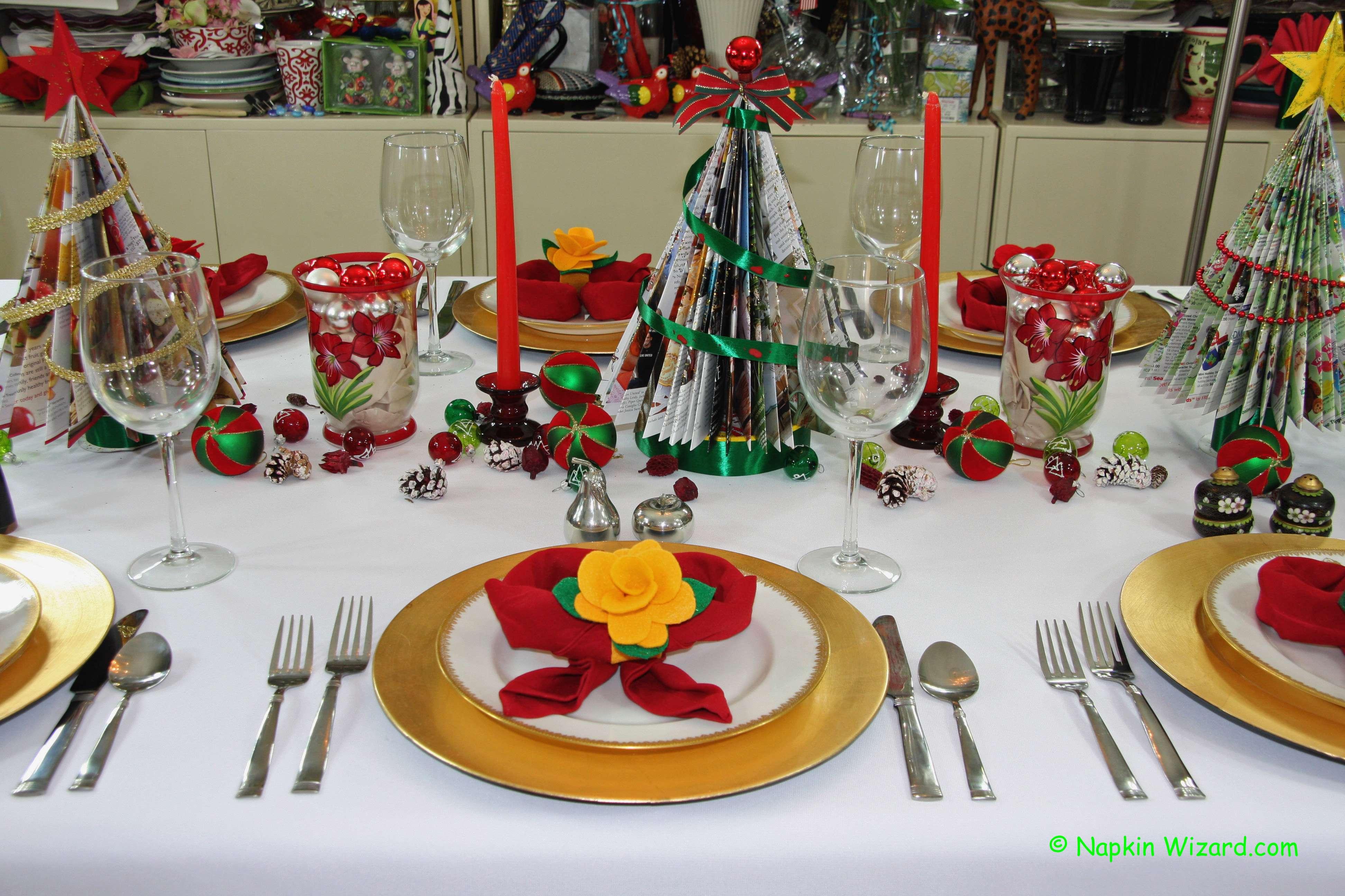 Easy Festive Christmas Table Settings